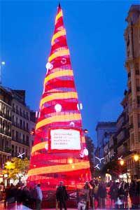 Arboles y abetos de Madrid navidad 2014 - 2015 para ir con niños y bebés en una tarde de ocio, ubicación y horarios en http://madridaldia.es/arboles-y-abetos-de-madrid-navidad-2014-2015/