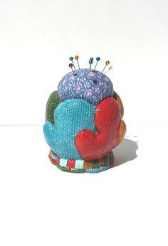Holiday Pincushion, Mittens Pincushion, Christmas Pincushion, Sewing Gift, Quilting Gift, Secret Pal Gift - by FairyLace Designs