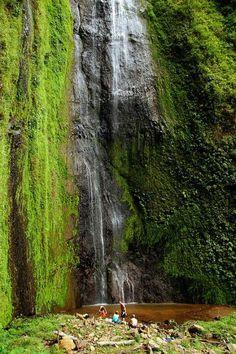 Cascada en isla de ometepe con el nombre de San Ramon.