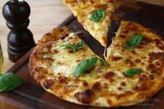 pizza margherita reteta video-retetecalamamaro Pesto Pizza, Veggie Pizza, Chicken Pizza, Vegetarian Pizza, Healthy Pizza, Healthy Recipes, Pizza Recipe Video, Pizza Boxes, Pizza Party