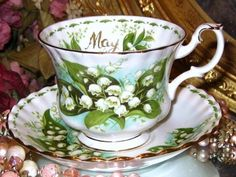 Royal Albert China May Cup & Saucer Lily of the Valley Flower of the Month A+