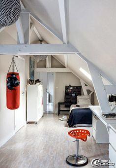 teener boy room in attic