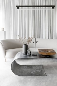 Find your favorite Minimalist living room photos here. Browse through images of inspiring Minimalist living room design ideas to create your perfect home. Living Room Photos, Living Room Interior, Living Room Decor, Living Rooms, Apartment Interior, Interior Livingroom, Interior Gris, Interior Shop, Luxury Interior