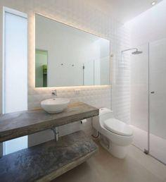 modern Bathroom by Martin Dulanto