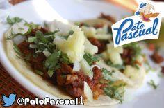Taco AL Pastor con piña y su Pato Pascual