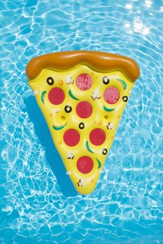 Intex Relax-A-Mat Inflatable Pool Float Food Pool Floats, Cute Pool Floats, Pizza Pool Float, I Need Vitamin Sea, Summer Wallpaper, Iphone Wallpaper, Summer Backgrounds, Summer Pool, Swimming