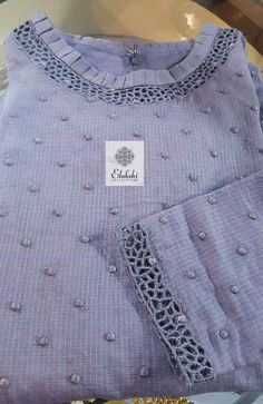 Ideas Embroidery Designs For Kurtis Casual For 2019 Neck Designs For Suits, Designs For Dresses, Dress Neck Designs, Blouse Designs, Kurta Patterns, Salwar Pattern, Kurta Designs Women, Salwar Designs, Kurti Embroidery Design