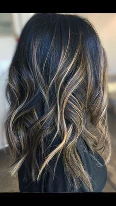Brunette Balyage | Cool Brunette | blond highlights | beach waves | long layers