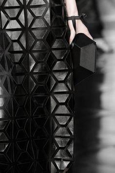 Geometric Fashion - black leather dress with hexagonal tessellating pattern - Reinaldo Lourenço Geometric Nature, Geometric Fashion, 3d Fashion, Punk Fashion, Sport Fashion, Leather Fashion, Fashion Details, Couture Fashion, Fashion Design
