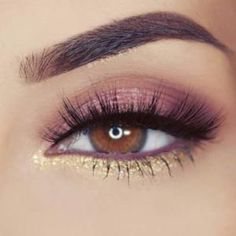 41 Insanely Beautiful Makeup Ideas for Prom Brown And Gold Eye Makeup for Prom - Das schönste Make-up Prom Eye Makeup, Gold Eye Makeup, Natural Eye Makeup, Eyeshadow Makeup, Wedding Makeup, Makeup Brushes, Silver Eyeliner, Pageant Makeup, Brown Eyes Eyeshadow