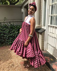 The beautiful actress was spotted in her well designed shweshwe print dress with headwrap.