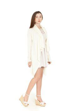 MILK CARDIGAN  Size Available: one size  Material: acrylic, wool 80/20  SS 2016 Молочний кардиган Наявний розмір: один розмір Матеріал: акрил, вовна 80/20 SS 2016 Молочный КАРДИГАН Имеющийся размер: один размер Материал: акрил, шерсть 80/20 SS 2016 #cardigan #fashion #designer # кардиган # кардиган # одежда # мода