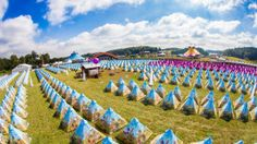 Camping with tents Tomorrowland Tomorrowland Festival, World Of Tomorrow, Tomorrow Land, Public, Festival Camping, Party Pictures, White Dragon, Travel Goals, Project Life