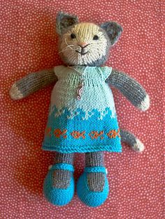 Kitty Toy / Link brings to modification, follow link within for pattern for cat / Knitting / Cat Pattern:  $$ / Modification pattern free?