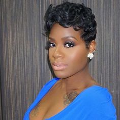 This beauty Fantasia makeup and hair is always on fleek! Dope Hairstyles, My Hairstyle, Cute Hairstyles For Short Hair, Curly Hair Styles, Natural Hair Styles, Beautiful Hairstyles, Pixie Hairstyles, Hairstyle Ideas, Toni Braxton