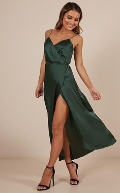 The Countess Dress In Emerald Satin Produced - style - Dress Women's Dresses, Event Dresses, Satin Dresses, Ball Dresses, Silk Dress, Pretty Dresses, Dresses Online, Homecoming Dresses, Bridesmaid Dresses