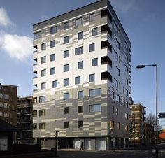 Building With Engineered Timber: The Graphite Apartments, a nine-story residential tower in London, is one of the tallest timber buildings in the world. It is constructed of factory-made solid-wood wall and floor panels called cross-laminated timber, or CLT. LONDON — Among the many apartment buildings in the London borough of Hackney, the nine-story structure on...