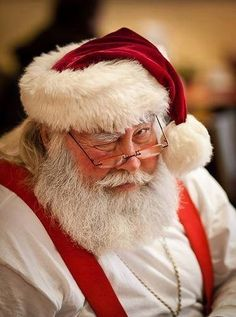 """""""Better be good! Merry Little Christmas, Merry Christmas And Happy New Year, All Things Christmas, Winter Christmas, Christmas Art, Xmas, Santa Pictures, Christmas Pictures, Beautiful Christmas Scenes"""