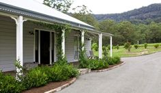 STRONGBUILD HOME BUILDERS SYDNEY AND SOUTHERN NSW - CLASSIC DESIGNS - Classic Country Homes - The De Luca Home - The De Luca Home, a Strongbuild Classic Designs project in Kangaroo Valley.