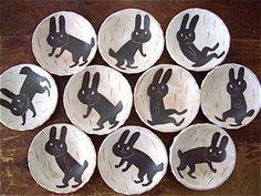 Makoto Kagoshima /鹿児島 睦/ZOZOPEOPLE/なつ Ceramic Studio, Ceramic Clay, Ceramic Plates, Ceramic Pottery, Kagoshima, Clay Bowl, Pottery Classes, Ceramic Animals, Ceramics Projects