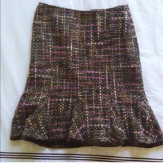 Wool Bouclé Tweed Tulip Skirt by I.N.C. This skirt is marked a size 6 but could easily fit a size 4-6 depending on your hips/ booty situation. I actually die for it it's so Chanel w velour at the bottom of the tulip flare bottom, but now it's too big on me and the tailor said it would ruin the skirt to edit it that much and I refuse to kill such a beaut. I wore it only once for my little brother's bar mitzvah. 61% wool 26% acrylic 13% fully lined (feels like silk,) not by Zara! Listed as…