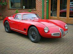 Cette unique coupé sport à moteur Alfa Romeo a été construit…