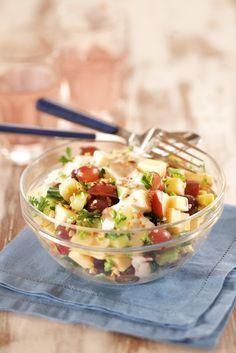 Omena-juustosalaatti   K-ruoka #joulu Ketogenic Recipes, Raw Food Recipes, Diet Recipes, Vegetarian Recipes, Cooking Recipes, Healthy Recipes, Healthy Food, Cilantro, Quinoa