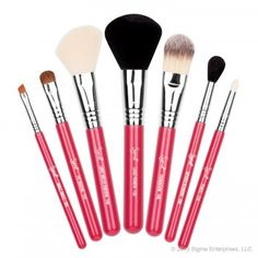 Travel Kit – Make Me Blush $86.00   The Sigma Beauty Make Me Blush Travel Kit was specially designed for a fun yet functional makeup application. This kit contains seven travel-size brushes from our best-selling Essential Kit. The brushes come in an innovative and functional container that turns into two brush holders to keep you stylish and organized on the go.