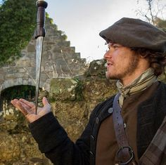 Claire Fraser, Jamie Fraser, Jamie And Claire, Diana Gabaldon Outlander Series, Outlander Season 1, Outlander Casting, Outlander Tv Series, Outlander 2016, Sam Heughan Outlander