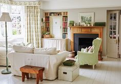 Of Posies and Picket Fences - Victoria Magazine Cottage Living Magazine, Country Living Magazine, House And Home Magazine, English Cottage Interiors, English Cottage Style, Living Room Decor, Living Spaces, Living Rooms, Victoria Magazine