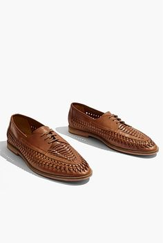 Harry Huarache Stretch Chinos, Promotional Events, Leather Weaving, Shoe Size Conversion, Festival Outfits, Huaraches, Leather Fashion, Casual Shoes, Festive