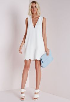 Crepe Plunge Scallop Hem Shift Dress White - Dresses - Shift Dresses - Missguided