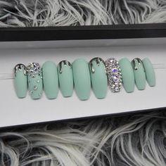 Cute press on nails Glam Nails, Bling Nails, Diy Nails, Beauty Nails, Gorgeous Nails, Love Nails, Pretty Nails, Nagellack Design, Luxury Nails