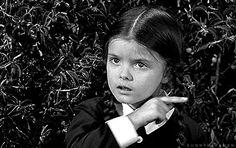 Esto te parece adorable: | 15 Pruebas de que Merlina Addams y tú son la misma persona.