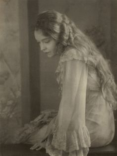 """""""The particular genius of Lillian Gish lies in making the definite charmingly indefinite … The whole secret of the young woman's remarkably effective acting rests, as I have observed, in her carefully devised and skillfullynegotiatedtechnique of playing, always, as it were, behind a veil of silver chiffon …""""    From an article on Lillian Gish in Vanity Fair, by theatre critic George Jean Nathan, 1920s"""