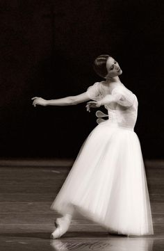 Svetlana Zakharova and Vlad Lantratov in Giselle | Dance. Passion. Life.