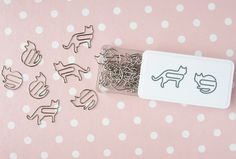 MY WORLD IS PINK! Kitty paperclips