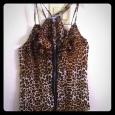 Cheetah zipped down top Charlotte Russe size large Charlotte Russe Tops