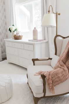 A little Girl's Room Decor Ideas - Blush Paint and Whimsical - Design Inspo Baby Room Design, Nursery Design, Baby Room Decor, Bedroom Decor, Baby Boy Rooms, Little Girl Rooms, Room Baby, Girls Bedroom, Girl Nursery