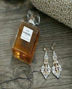 5 & lovely earrings