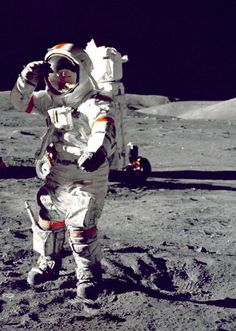 """Neil Armstrong's Heartbeat and the Sound of Venus in a Beautiful Cover of Lennon's """"Oh My Love"""" 