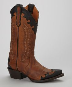 Love these cowgirl boots!