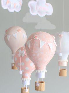 Bebé rosado y blanco móvil globo del aire caliente móvil