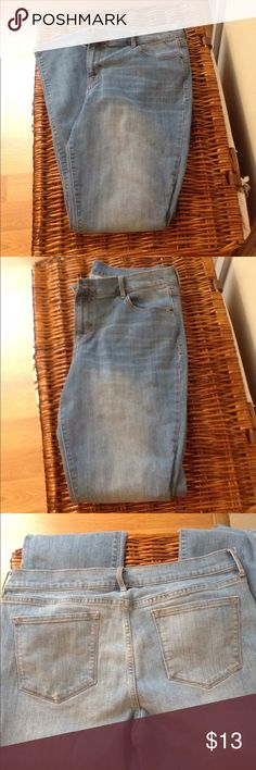 Women's Old Navy Jeans Women's Old Navy Jeans in great shape! Only worn a few times. Size 12-long Old Navy Jeans