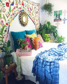 100 + Fresh Bedroom Relaxed to Take A Rest - javgohome-Home Inspiration Bohemian Bedroom Design, Bohemian House, Bohemian Living, Bohemian Decor, Boho Chic, Rustic Chic, Modern Bohemian, Bohemian Style, Boho Dekor