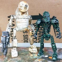 Valerobot assemblage robot and bionicle