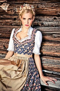 dirndl (Halloween Outfits Tumblr)