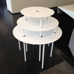 Qui Pro Quo Tables White now featured on Fab.