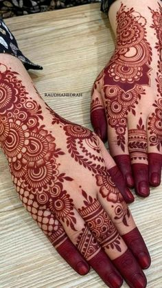Mehndi Designs Front Hand, Pretty Henna Designs, Henna Tattoo Designs Simple, Back Hand Mehndi Designs, Stylish Mehndi Designs, Latest Bridal Mehndi Designs, Mehndi Designs For Girls, Mehndi Designs For Beginners, Wedding Mehndi Designs