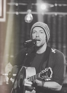 love that beanie,he was singin message,dun ask me how do i knw!B-)
